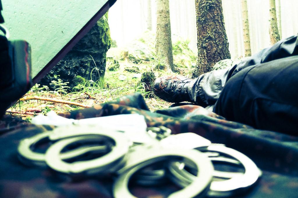 Handschellen in Survival Training