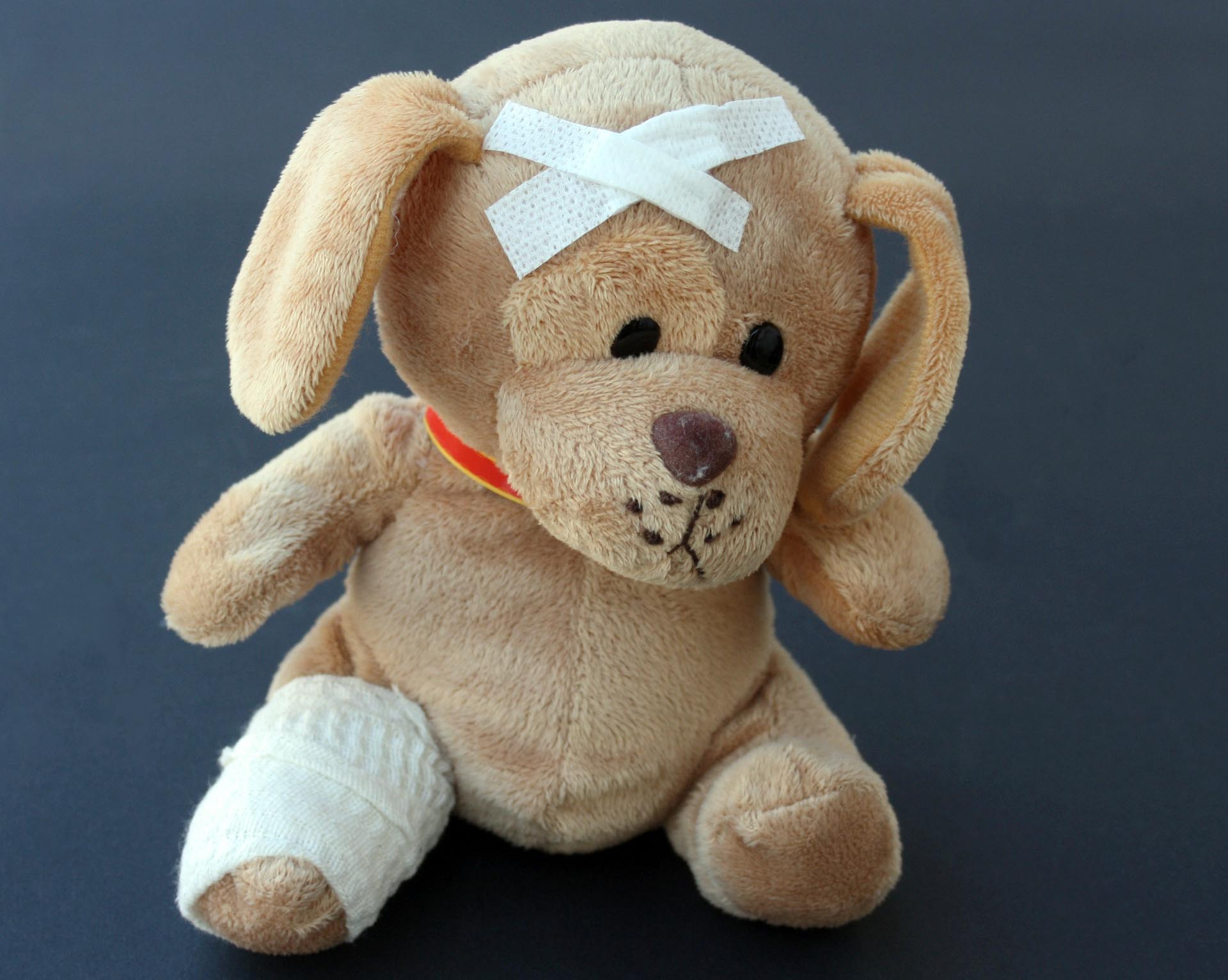 Unfall KInd Teddy